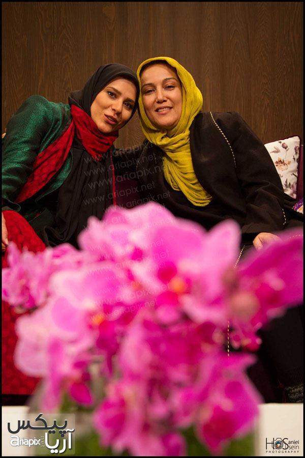 پانته ا بهرام و سحر دولتشاهی در برنامه سال تحویل 93 شبکه یک سیما / عکس بازیگران