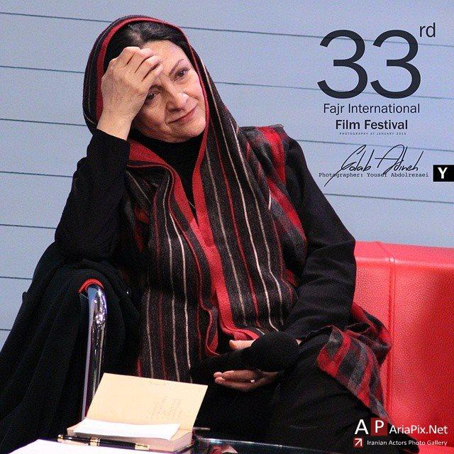 برنامه یک فیلم یک سلام با حضور بازیگران سی و سومین جشنواره فجر
