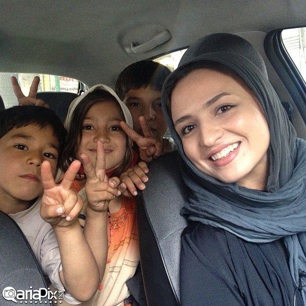 گلاره عباسی, عکس جدید گلاره عباسی سال 93, گلاره عباسی با کودکان کار