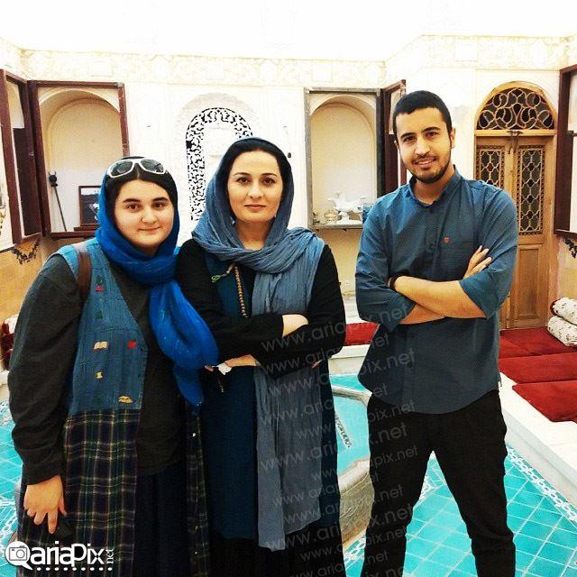 پریوش نظریه و دخترش آناهیتا در اصفهان