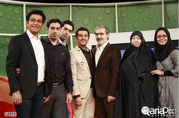 فرزاد حسنی و خانواده اش, فرزاد حسنی و پدرش, فرزاد حسنی و مادرش