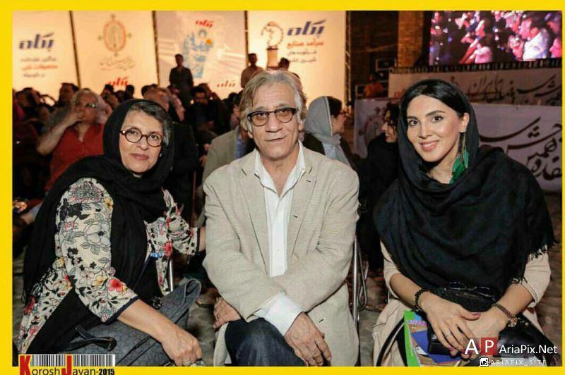 لیلا بلوکات در کنار مسعود رایگان و همسرش رویا تیموریان / هفدهمین جشن خانه سینما