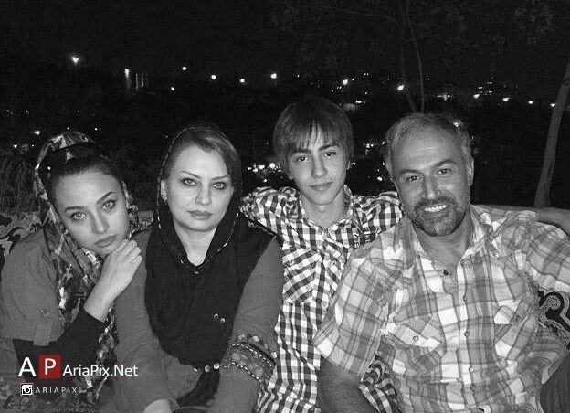 دانیال حکیمی و خانواده اش