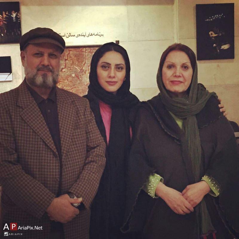 مونا فرجاد,مونا فرجاد و همسرش +بیوگرافی مونا فرجاد