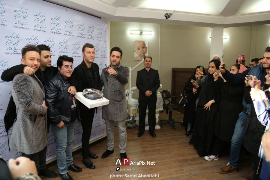دیدار عوامل برنامه شب کوک با هواداران مشهدی
